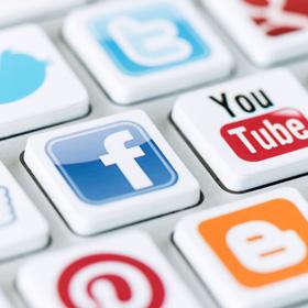 Социальные сети<span>Ведение групп в социальных сетях.</span>